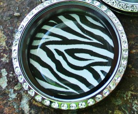 Zebra Disc for Large Laambie Locket