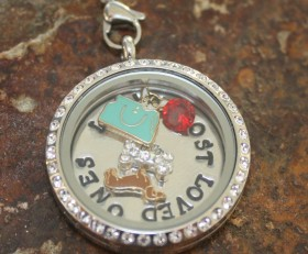 Lucy's Lost Loved Ones Laambie Locket